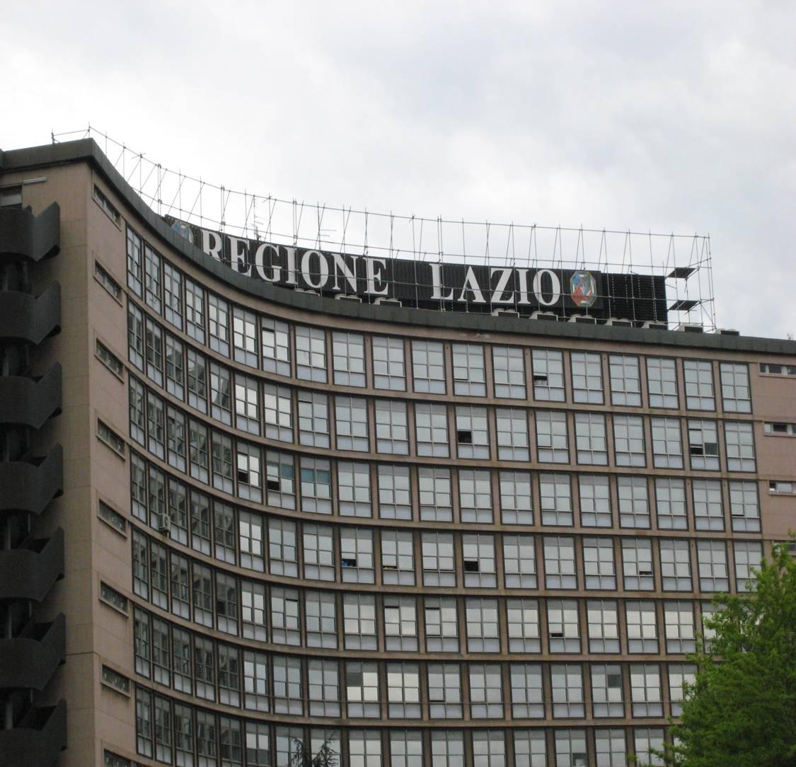 Lazio, per i professionisti contributi a fondo perduto