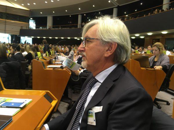 """AdEPP a Bruxelles. Oliveti """"Investire in energia pulita crea posti di lavoro"""""""